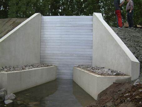 batardeaux d 39 assainissement eau potable esthi. Black Bedroom Furniture Sets. Home Design Ideas